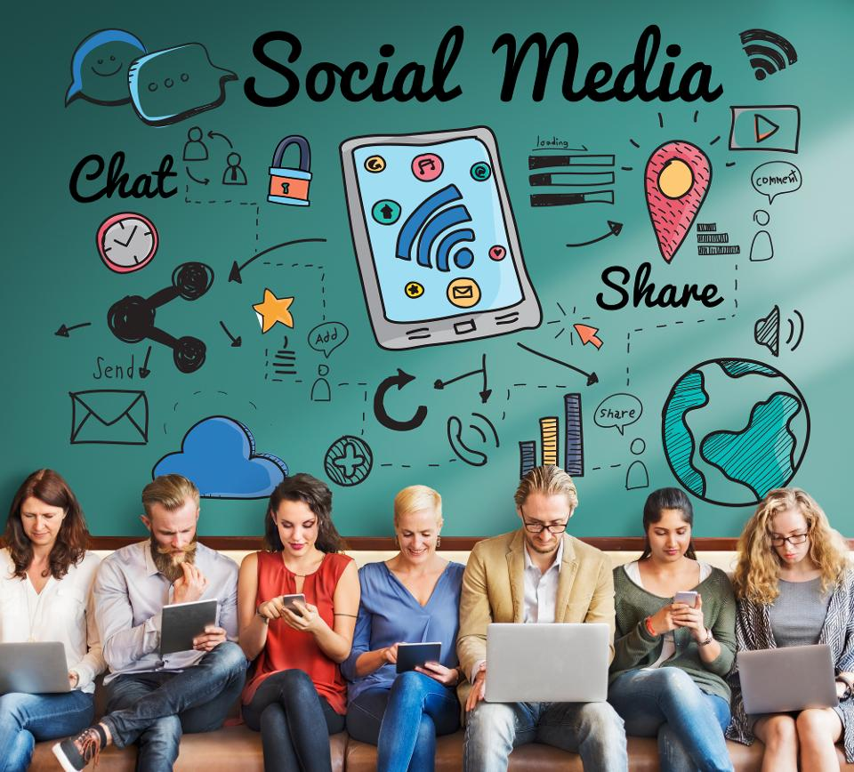 Top 5 Best Social Media The board Devices